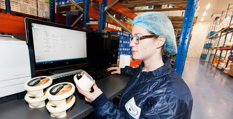 Working paperless in the office and on the work floor at Laban Foods